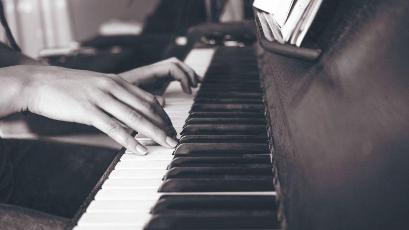piano-2592963__480