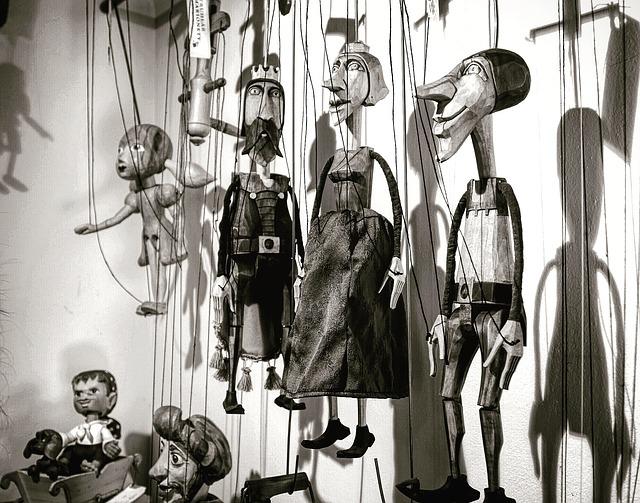 puppet-1540623_640.jpg