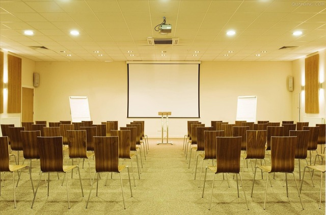 conference-room-2692553_960_720
