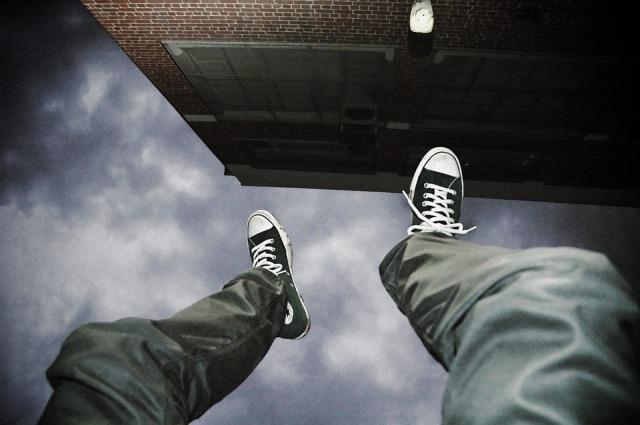 falling-2245869_960_720.jpg
