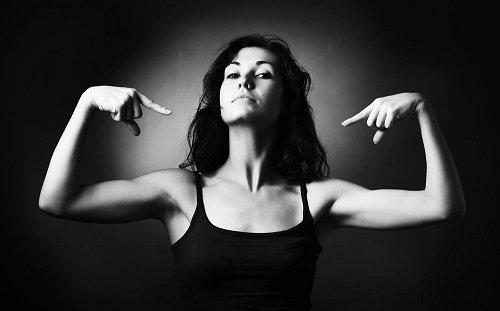 Las-mujeres-y-su-frase-fuerte-segun-su-signo.jpg
