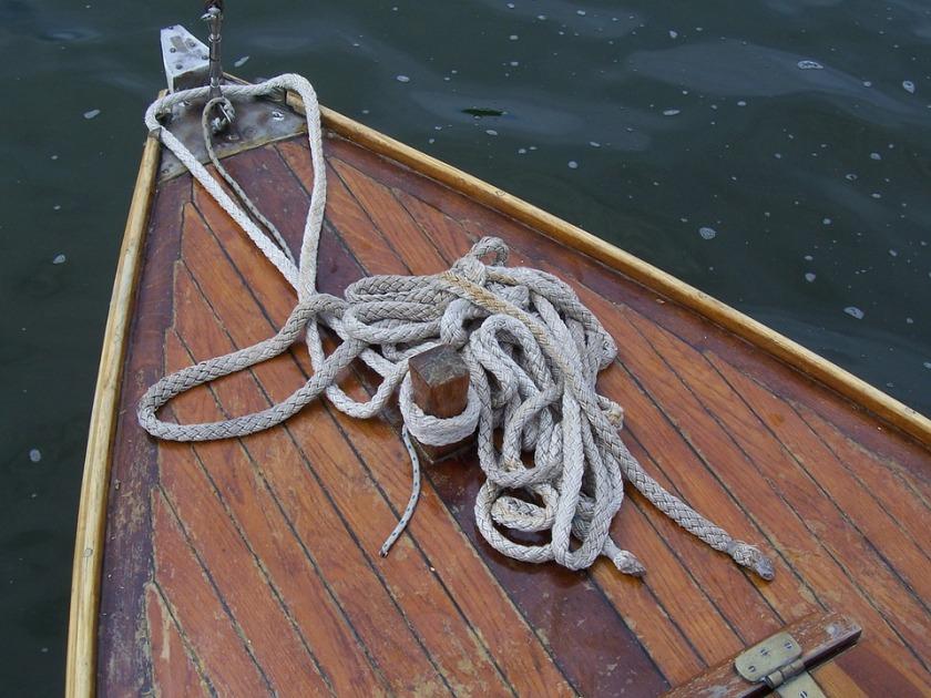 sailing-boat-454615_960_720.jpg