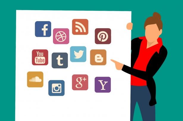 social-media-twitter-google-plus.jpg