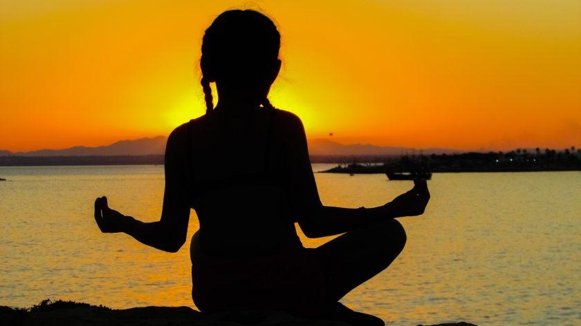 colores-del-atardecer-espiritualidad-meditacion-269161.jpg