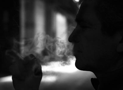 smoker-2642721_960_720.jpg