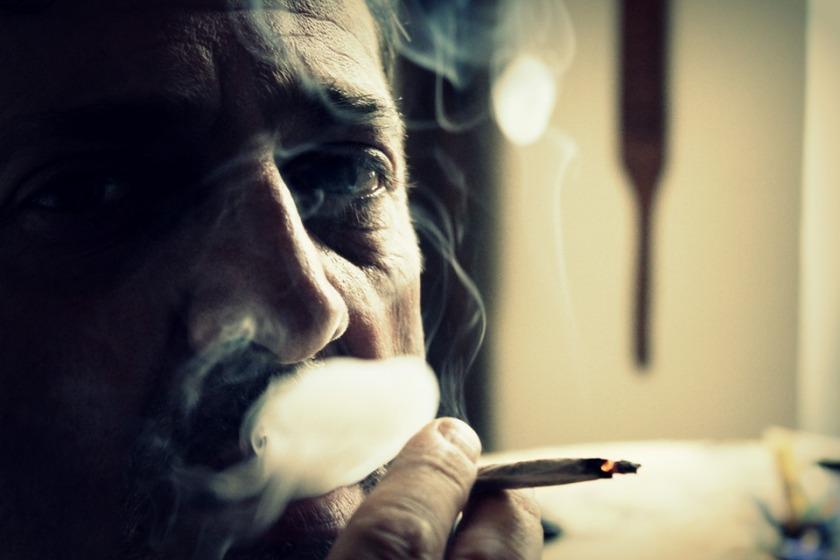 smoke-102455_960_720