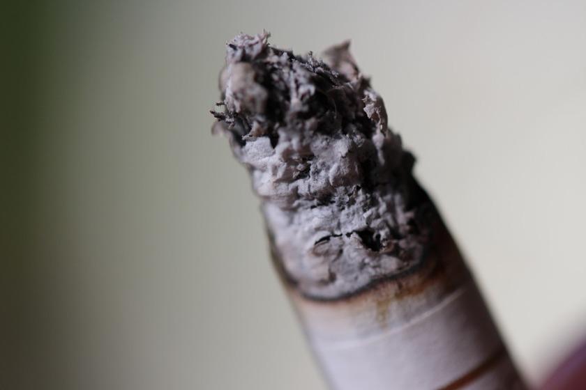 cigarette-1152565_960_720