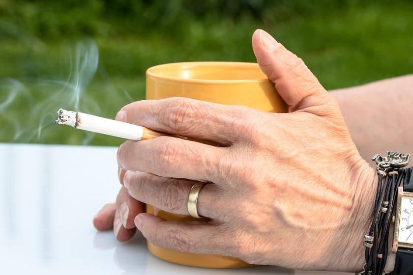 cigarette-2367456_960_720